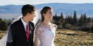 Allison Williams marries in oscar De La Renta