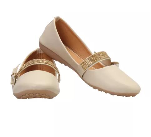 footwear for womens
